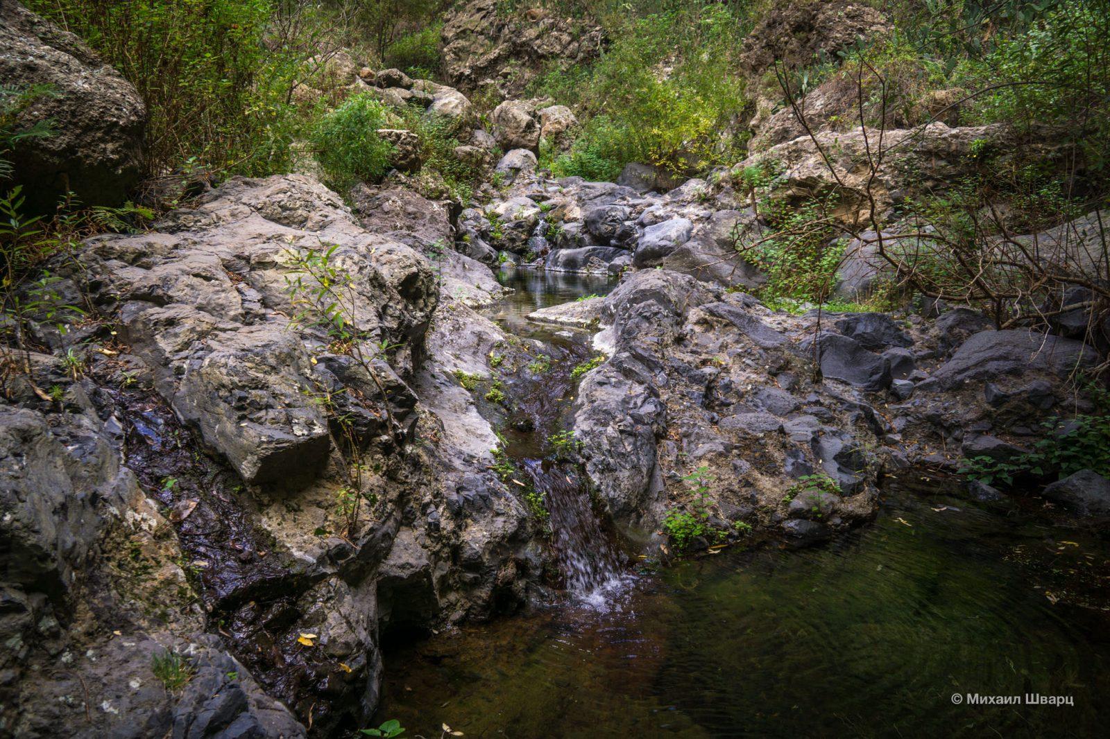 Появляются водопадики
