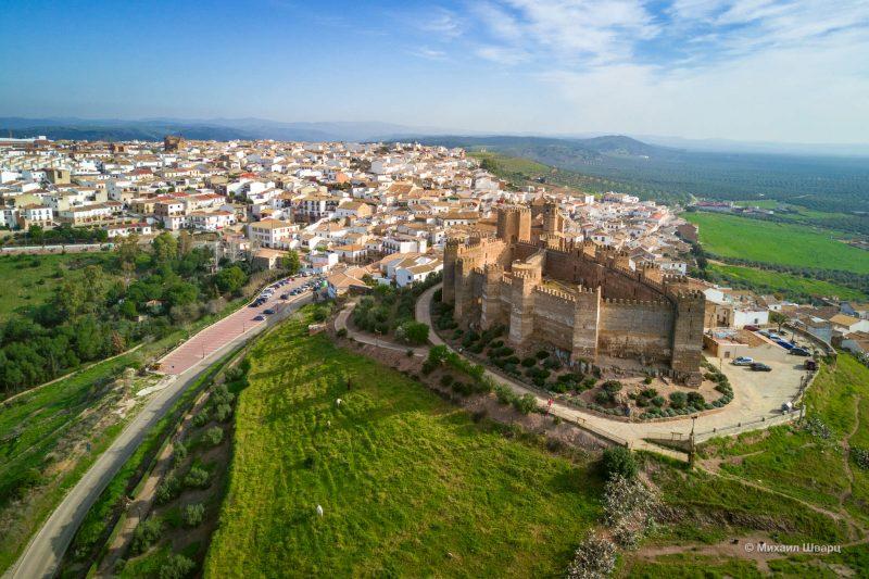 Крепость Castillo de Bury Al-Hammam