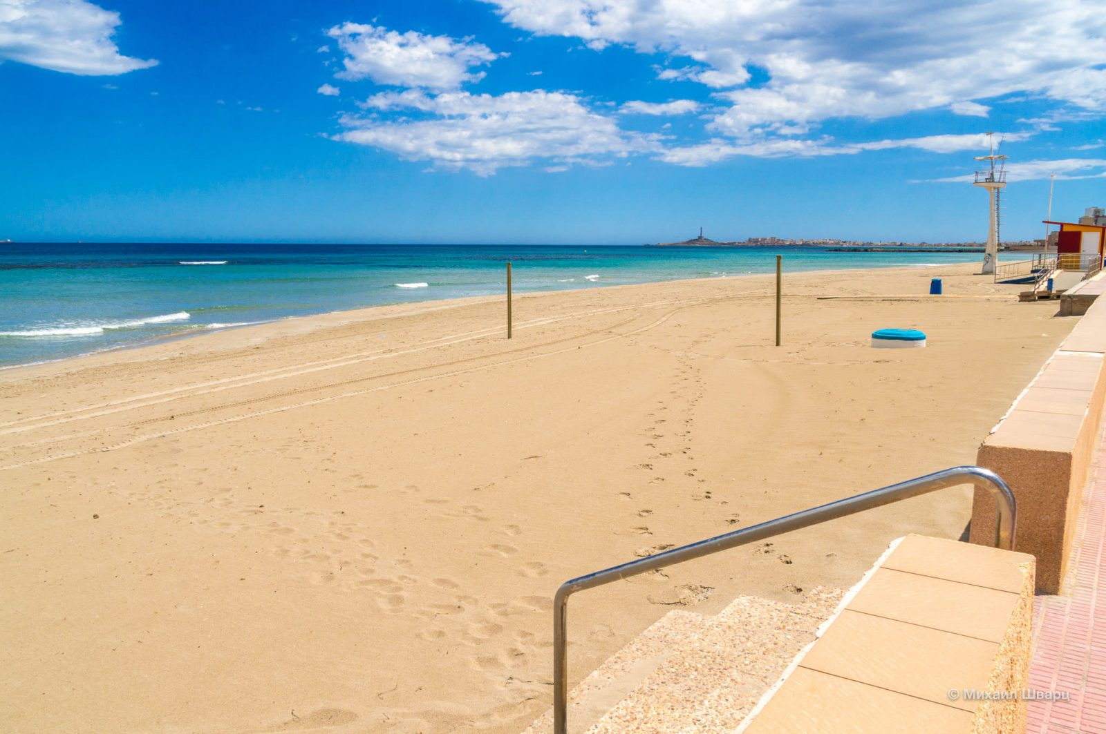 Пляж в Мар-Меноре