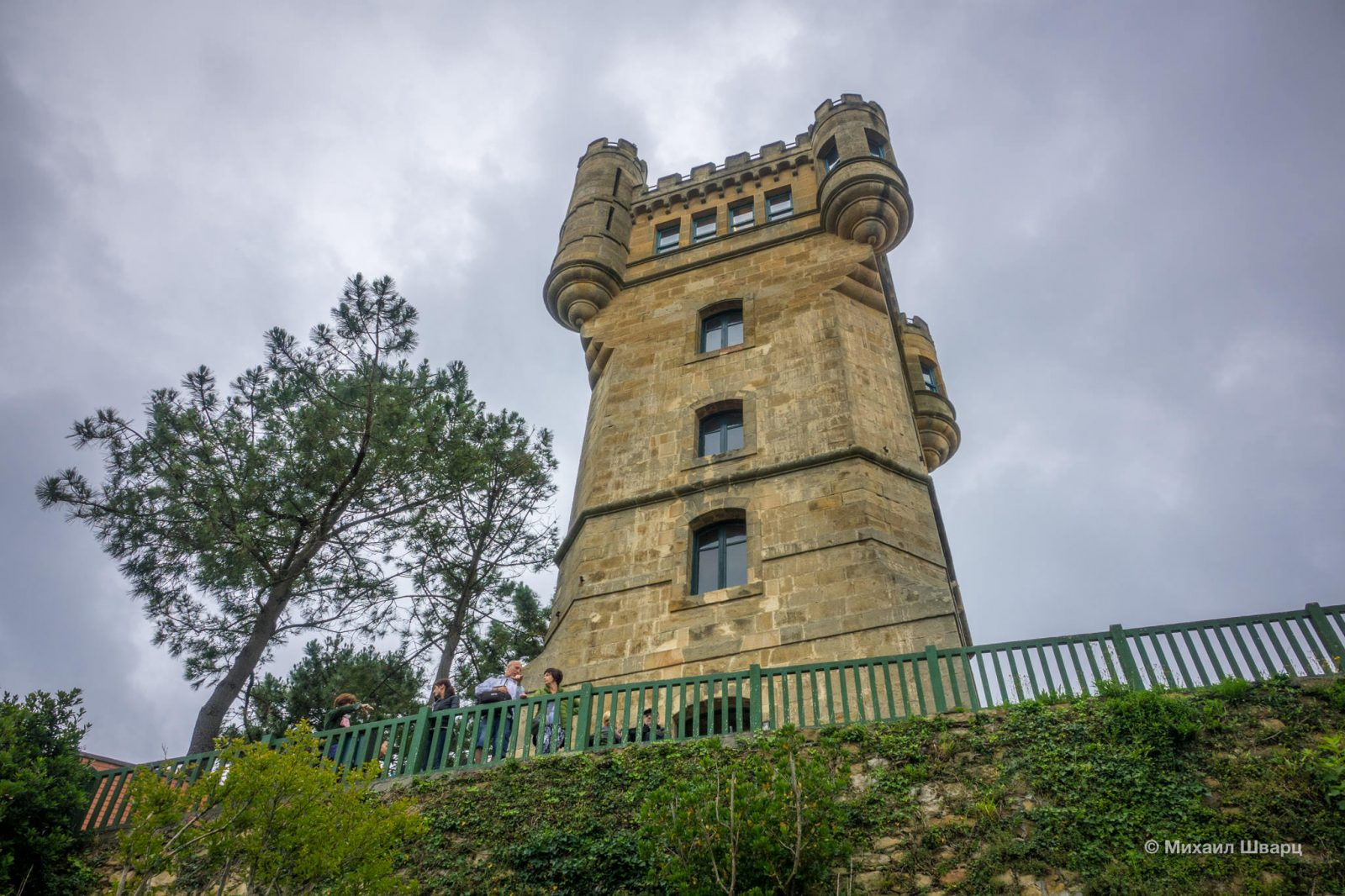 Башня на горе Игельдо