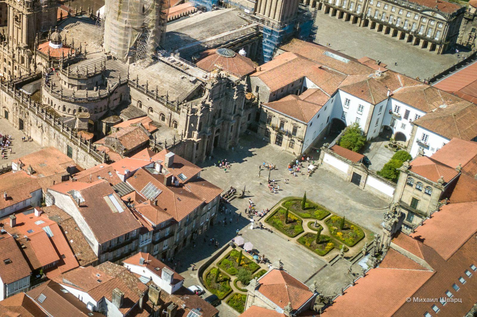 Plaza de la Inmaculada с севера от Кафедрального собора
