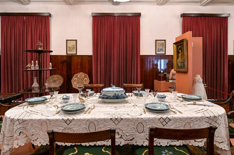 Институт вышивки, гобелена и народного промысла Мадейры