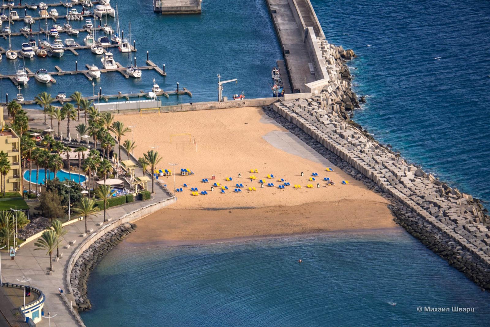 Одна часть пляжа