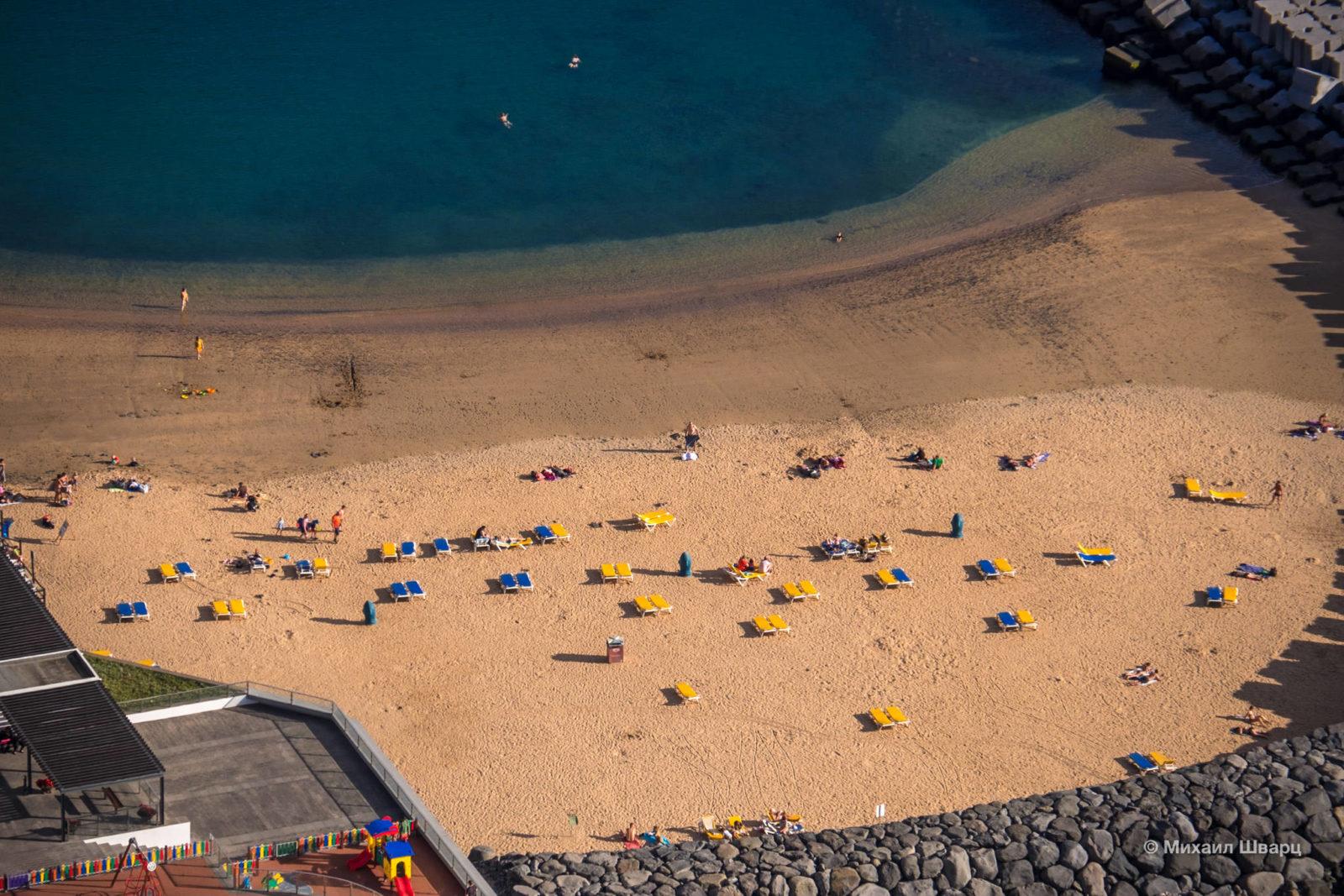 Вторая часть пляжа Calheta