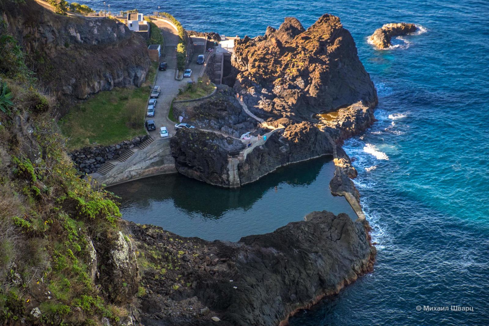 Один из натуральных бассейнов