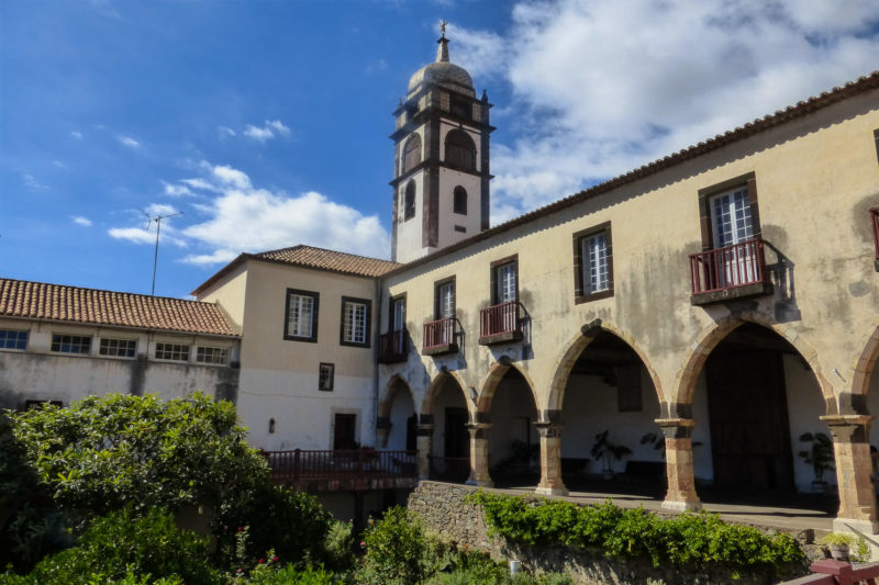 Монастырь Santa Clar