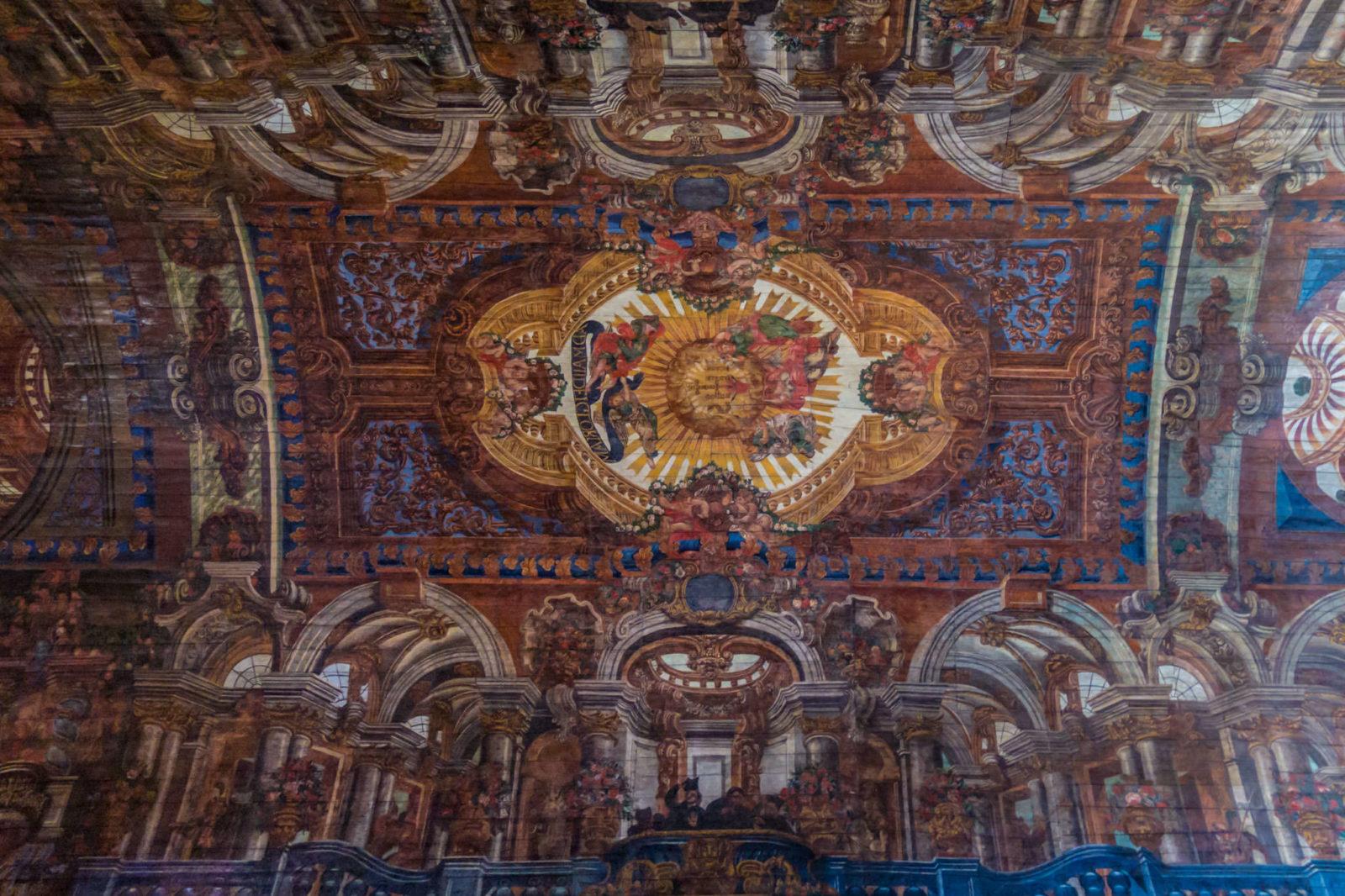 Потолок (фото: Ludo De Potter)