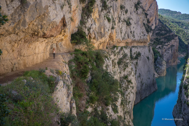 Опасная дорога Congost de Mont-rebei 11