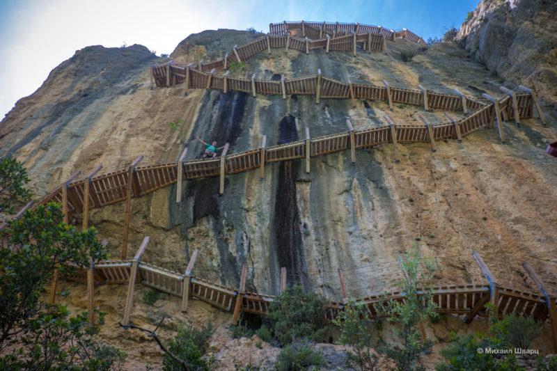 Опасная дорога Congost de Mont-rebei 25