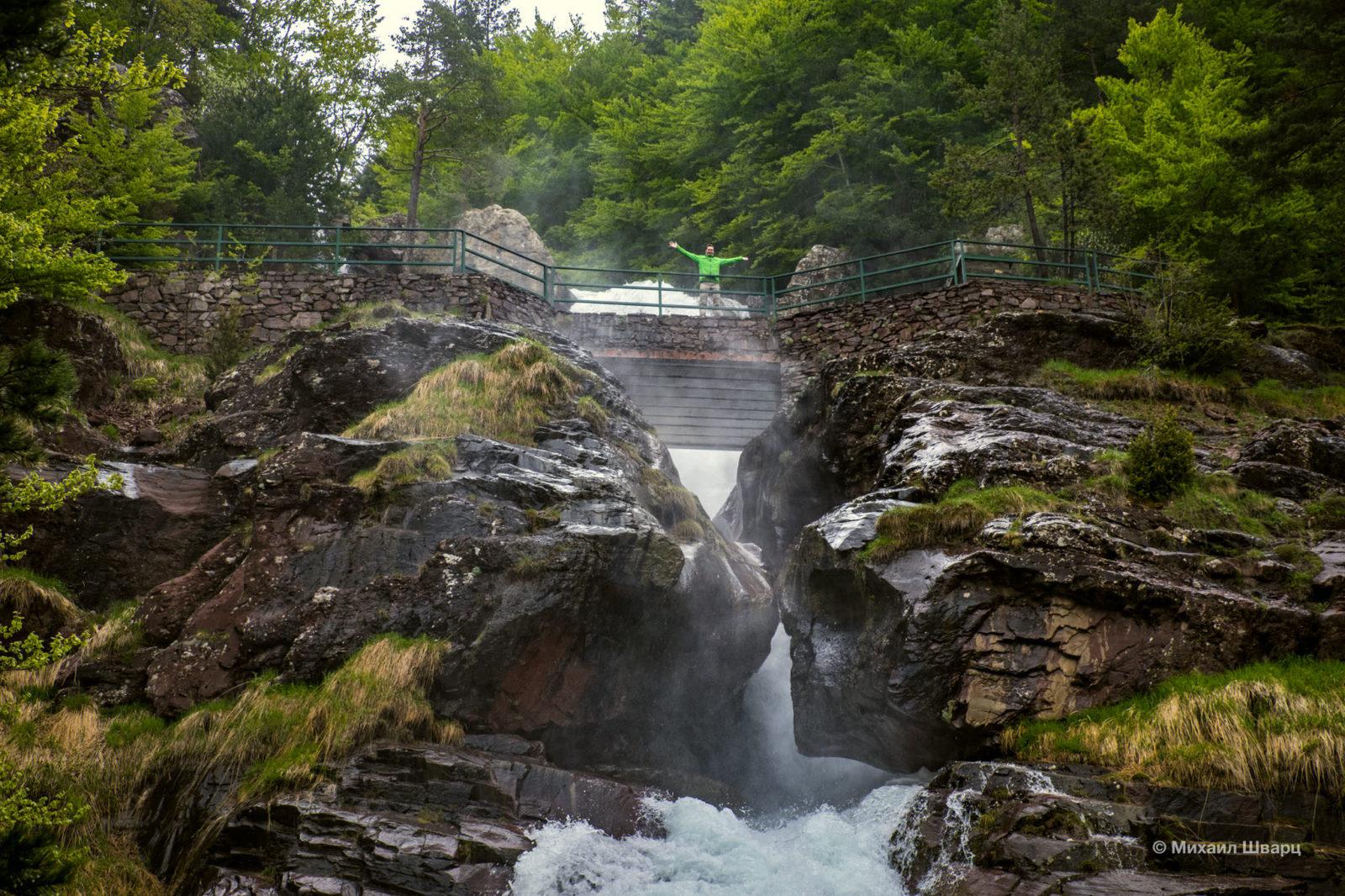 Бесчисленное количество водопадов