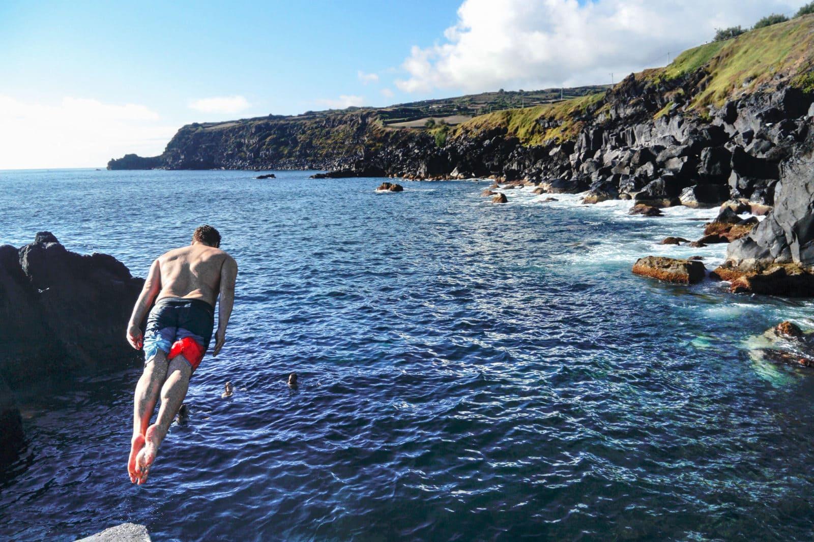 Прыжки в воду с трамплина (фото: Pascual Fernández Ayuso)
