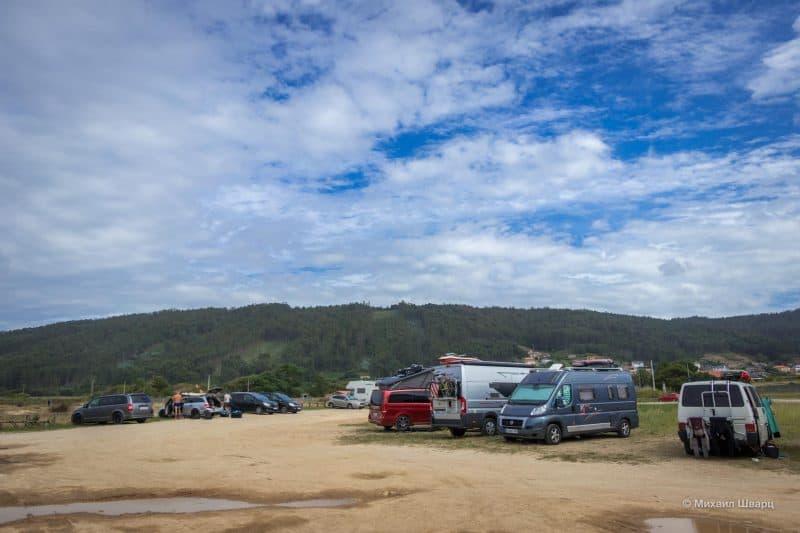 Парковка для сёрферов в Vila Da Praia