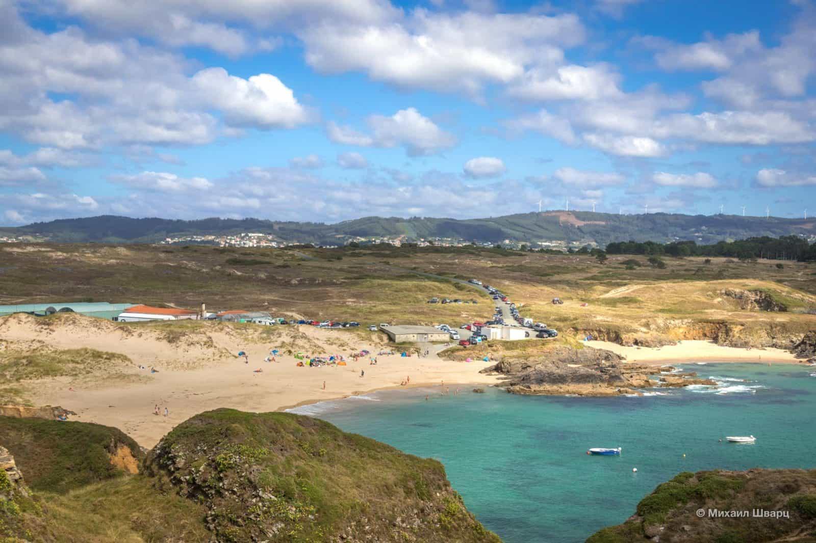 Пляж Playa De Los Botes
