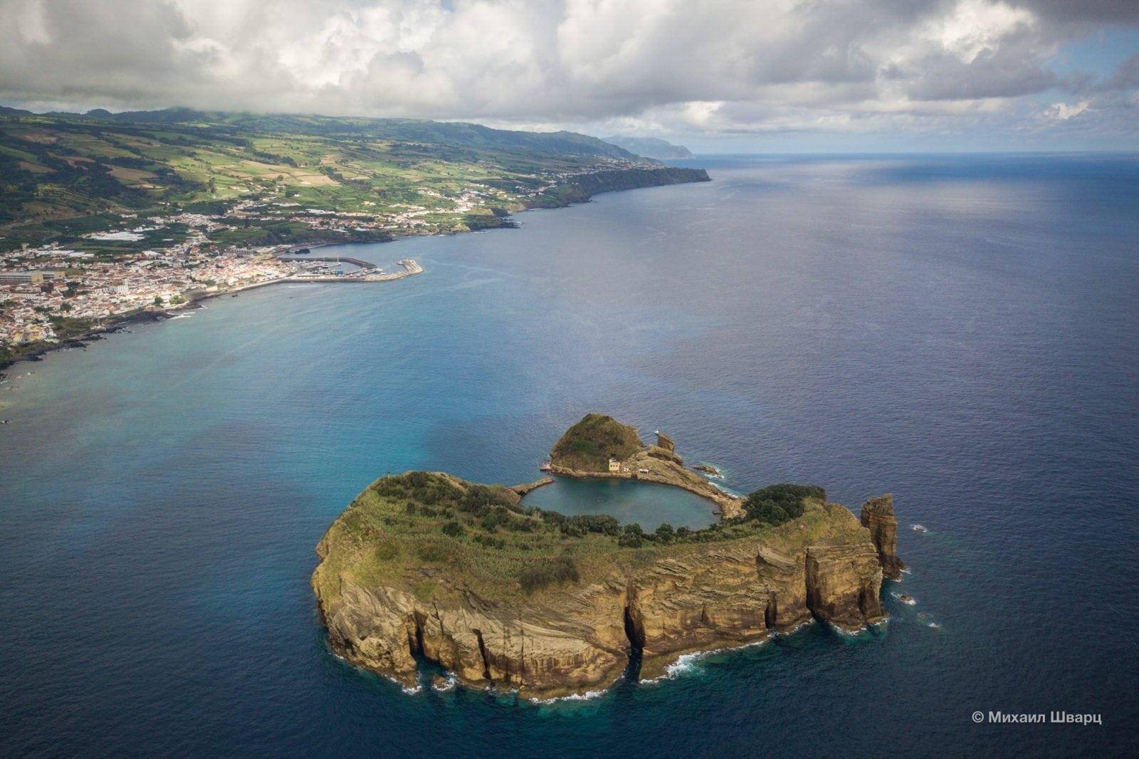 Остров с южной стороны