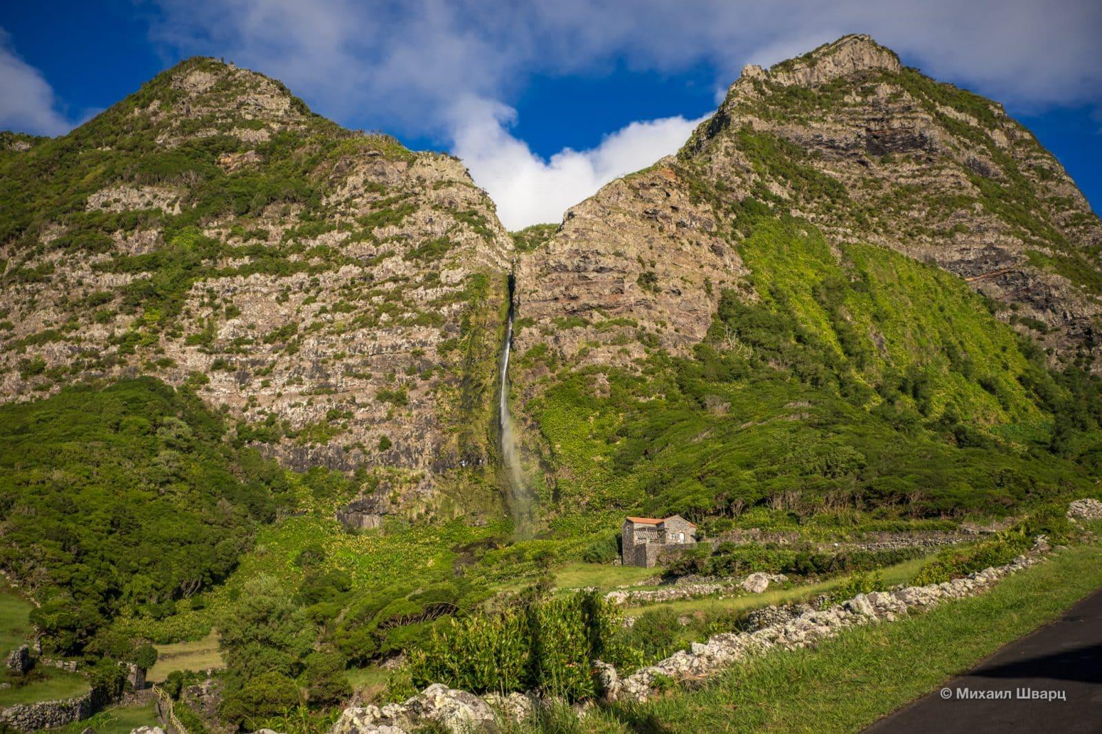 Водопад Cascata do Poço do Bacalhau