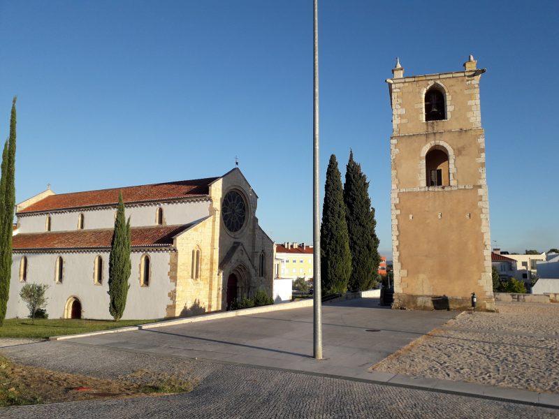 Церковь Санта-Мария-дуз-Оливайш (Igreja de Santa Maria dos Olivais)