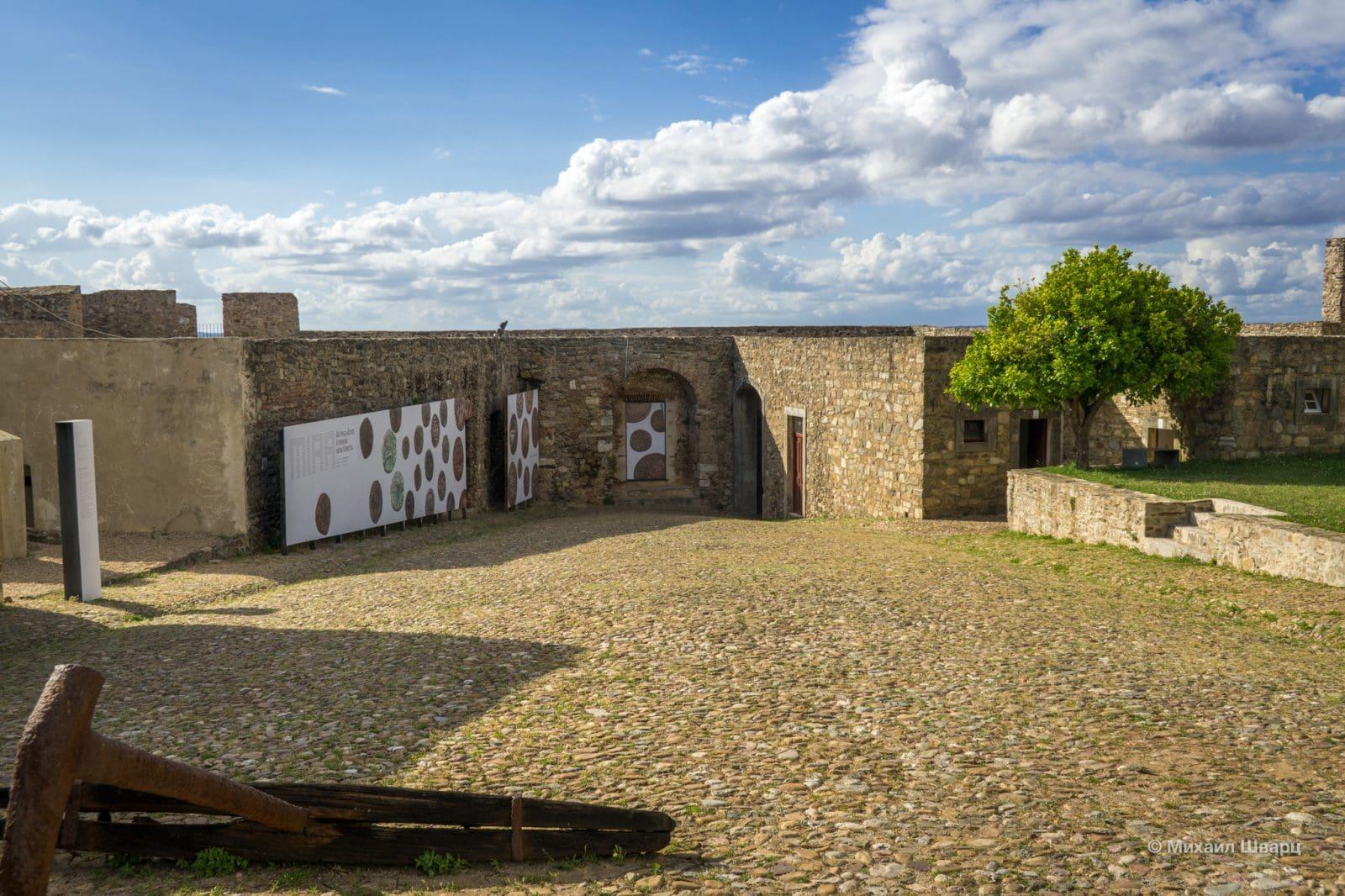 Крепостное строение