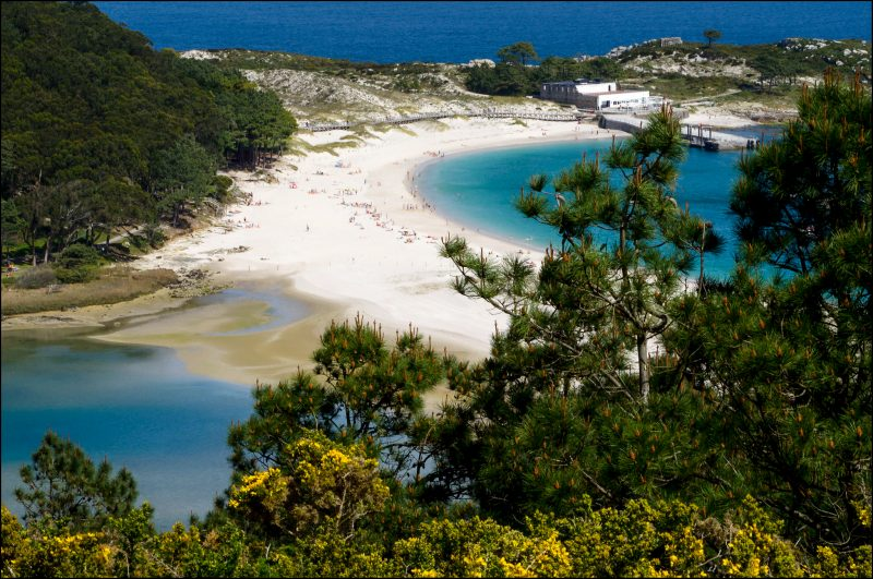 Пляж Родас (Playa de Rodas)